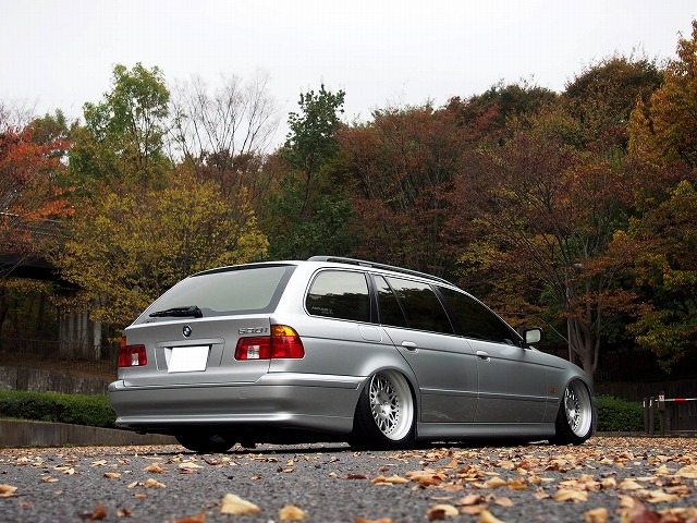 i-force JAPAN様 E39 ACCUAIR
